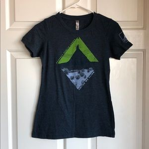 Next level apparel women shirt size S